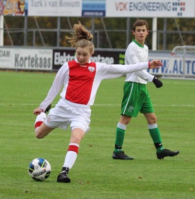 Fleur Huisman geselecteerd voor Nederlands elftal O16
